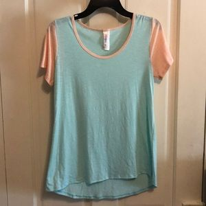 Lularoe Perfect Tee beautiful aqua and pink colors